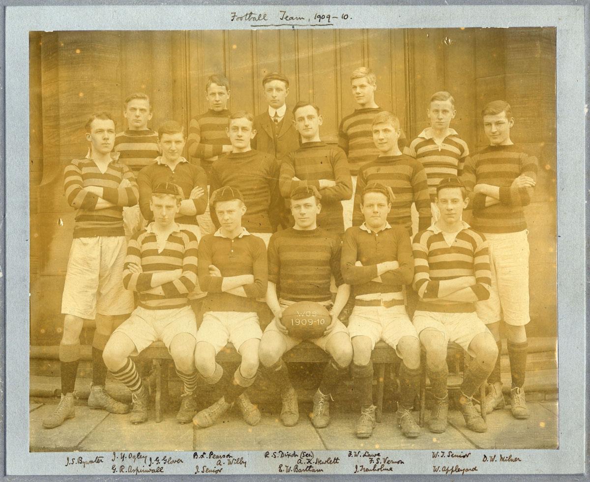 1909_10-Football-Team